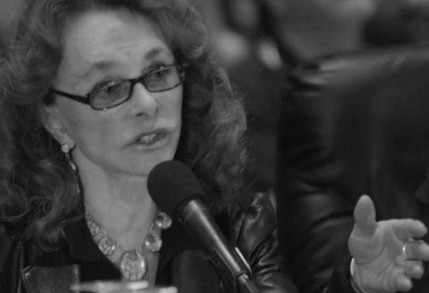 Linda Moulton Howe:  Huge Non-Human Craft Attempts to Land at Iraqi Base